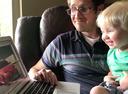 Мальчик в 1 год знает марки машин больше, чем многие взрослые.