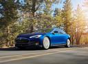 У полсотни тысяч Tesla может забарахлить ручник.