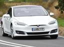 Tesla опять «убивает» базовую 60-киловаттную версию Model S.